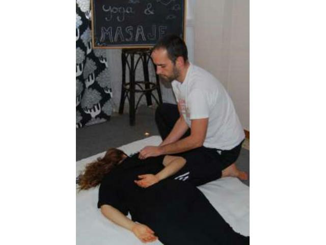 Masaje terapéutico Yoga-Thai
